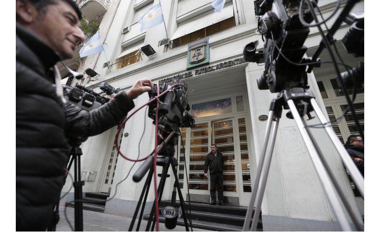 Anarquía y quiebra en el fútbol argentino