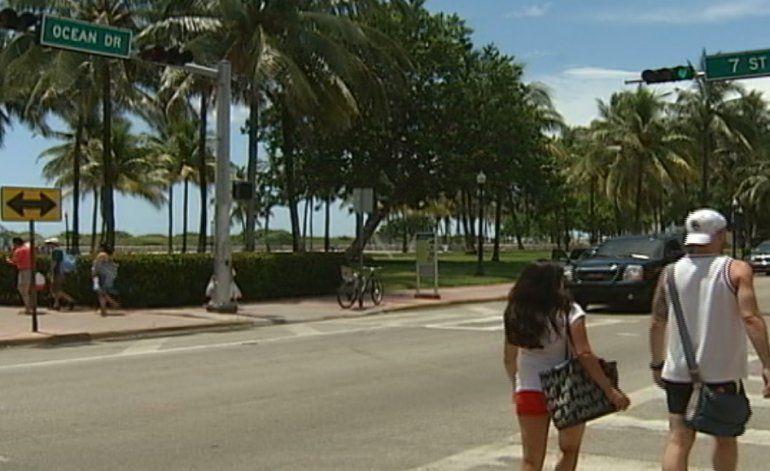 Comisión de Miami Beach discute propuesta que evitaría la venta de alcohol después de las 2  AM