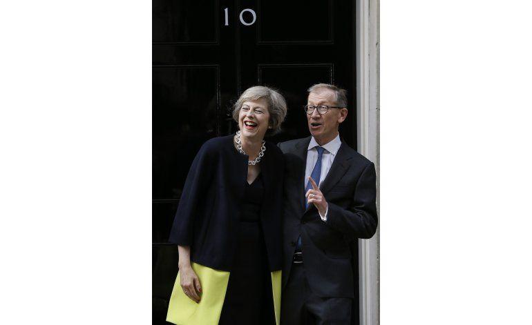 Cambio político en Gran Bretaña: Se va Cameron, entra May
