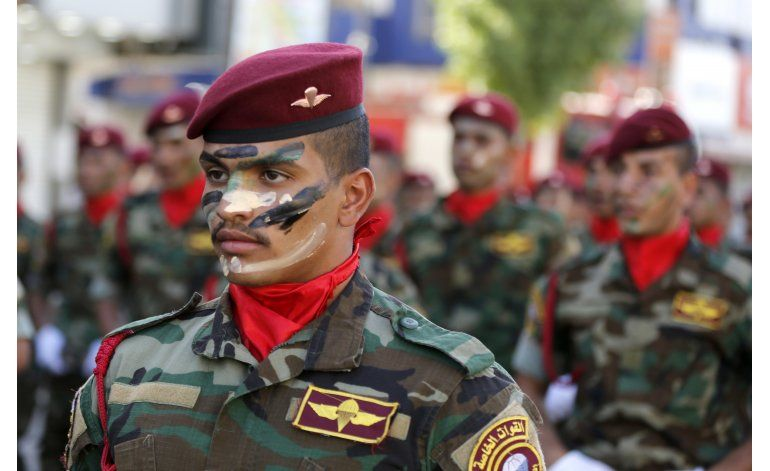 Irak celebra un feriado nacional con un desfile militar