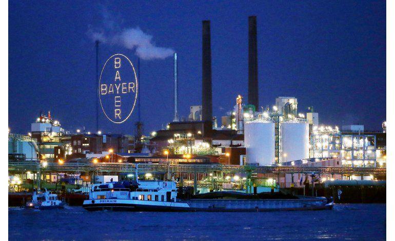 Bayer aumenta oferta por Monsanto