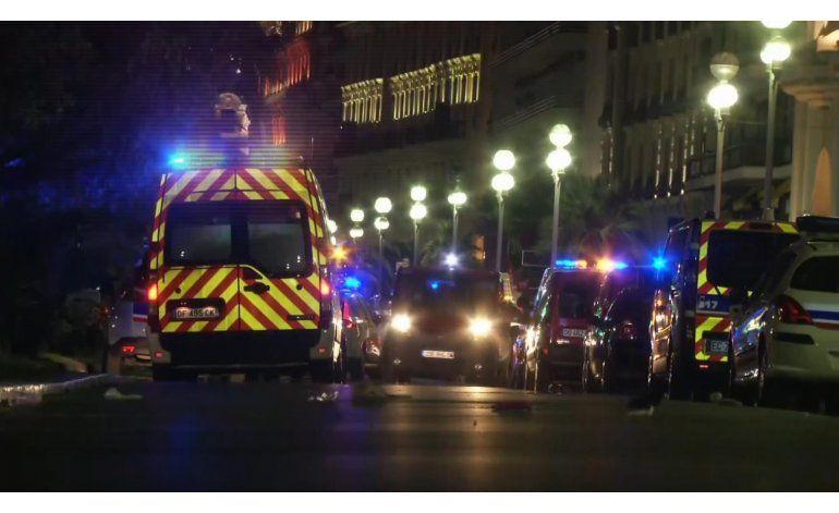 Al menos 80 muertos tras ser arrollados por camión en Niza