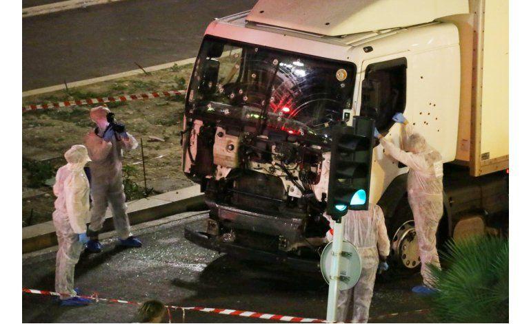 Un camión fuera de lugar, luego alaridos al inicio de ataque
