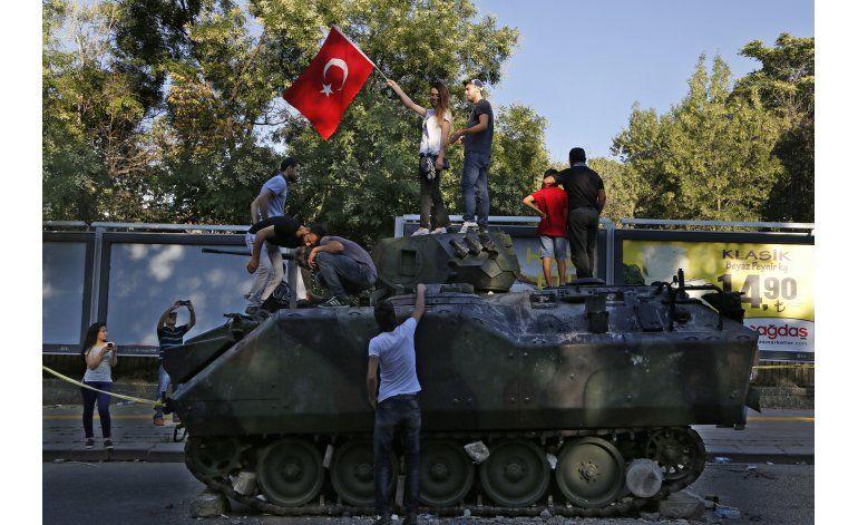 Tras el golpe, surgen interrogantes en torno a Turquía