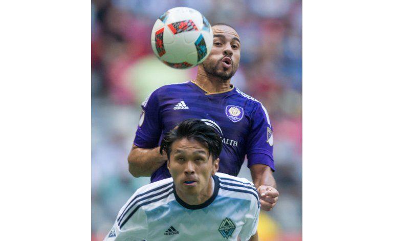En noche de argentinos, Dallas gana 3-1 a Chicago en la MLS