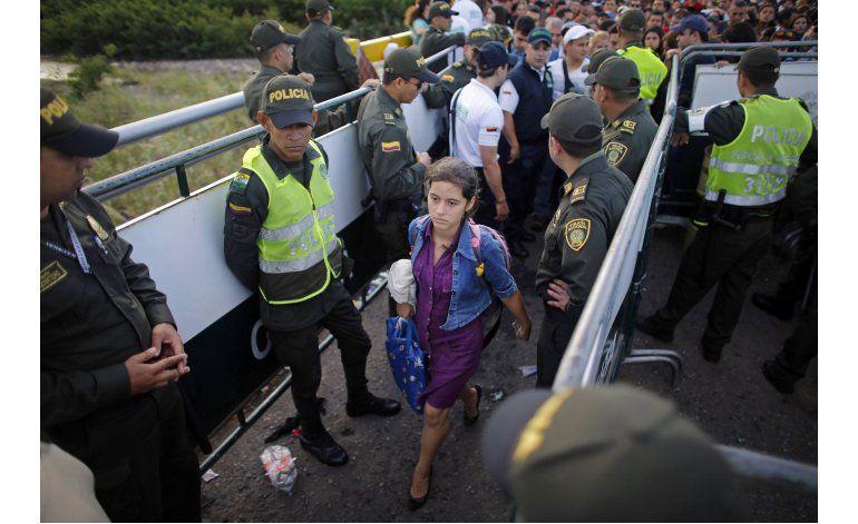 Unos 123.000 venezolanos van a Colombia para comprar comida