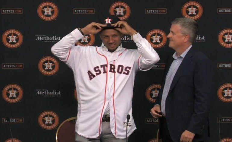 [Video] Así presentaron los Astros de Houston a Yuliesky Gourriel