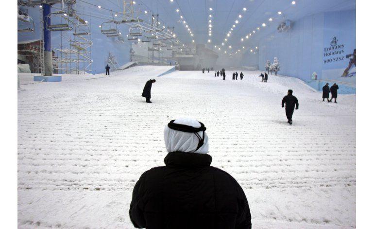 Empresa promueve actividades en la nieve... en Dubái