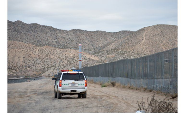 Sondeo: Residentes en frontera México-EEUU se oponen a muro