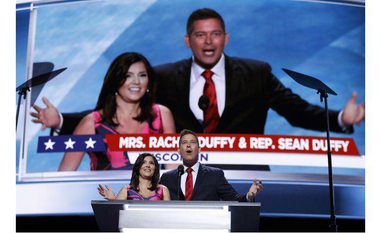 Oradora hispana convención republicana pide votar por Trump
