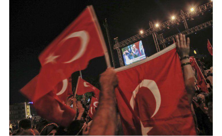 Turquía endurece respuesta contra presuntos insurrectos
