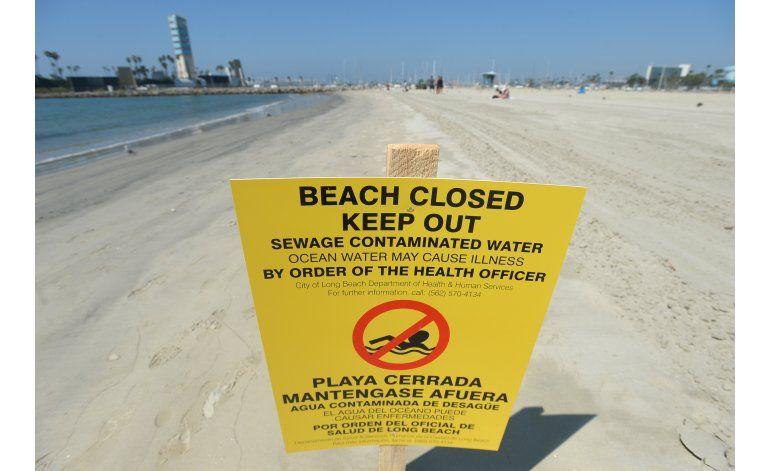Cierran playas de California por derrame de aguas residuales
