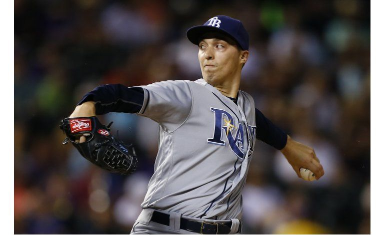 Snell lanza 6 buenos innings, Rays derrotan a Rockies 10-1