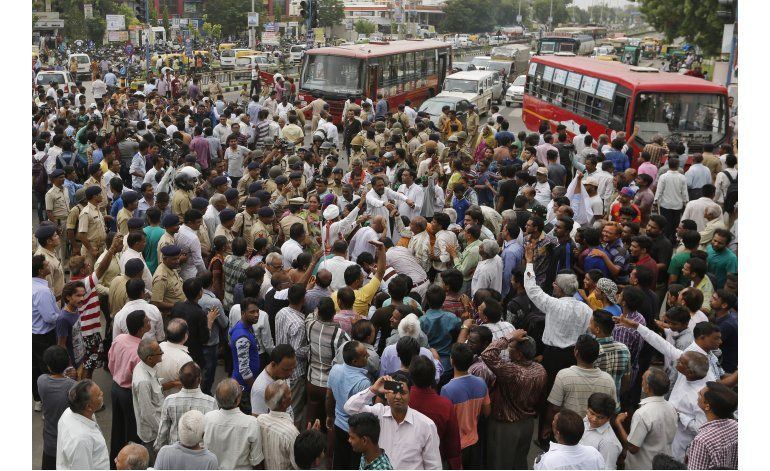 Indignación en Parlamento indio por ataques a castas bajas