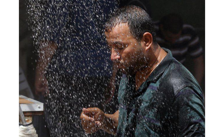 Irak reporta su día más caluroso: hasta 53 grados