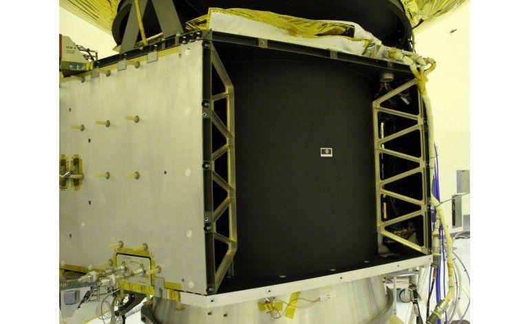 NASA celebra estampilla que viajó hasta Plutón