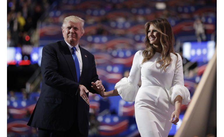 Redactora de discursos de Melania Trump reconoce error