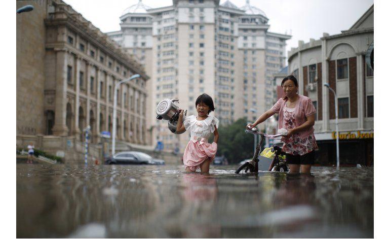 Al menos 75 muertos o desaparecidos en inundaciones en China