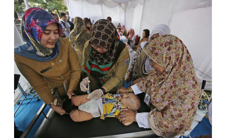Escándalo de vacunas revela fallos de sanidad en Indonesia