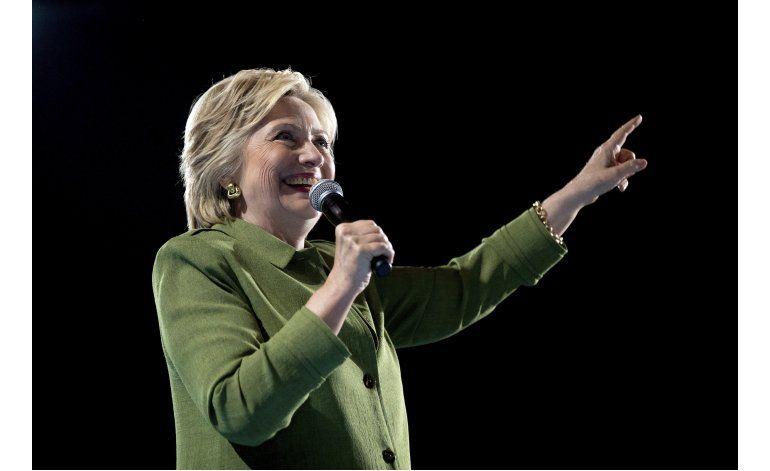 Clinton elige a Tim Kaine como su compañero de fórmula