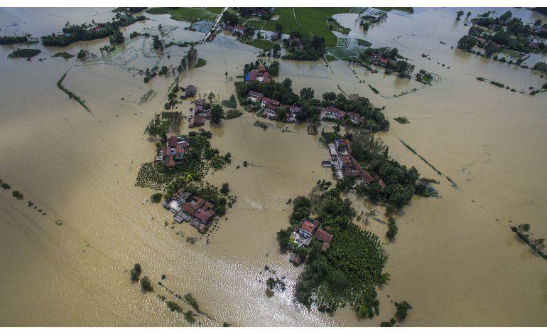 China: 112 muertos, 91 desaparecidos en inundaciones
