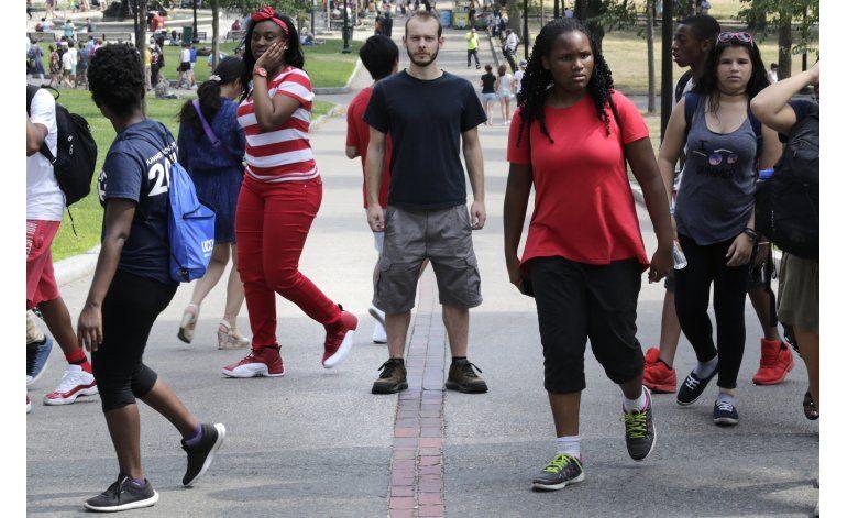 Estadounidenses blancos demuestran empatía hacia los negros