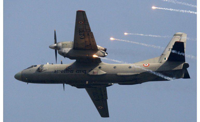 India: Ministro de defensa supervisa búsqueda de avión