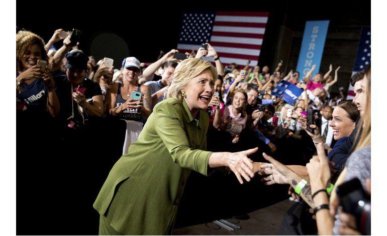 Clinton tiene más votos anti Trump que entusiastas de ella