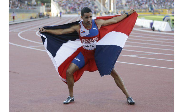 Luguelín Santos, el velocista que corría descalzo