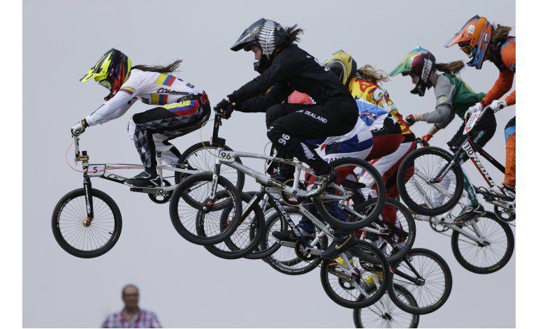 Colombiana Pajón, campeona de BMX, va a Río libre de dolores