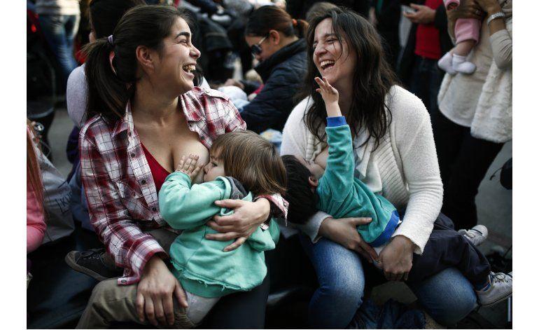 Argentina: Exigen el derecho de amamantar en público