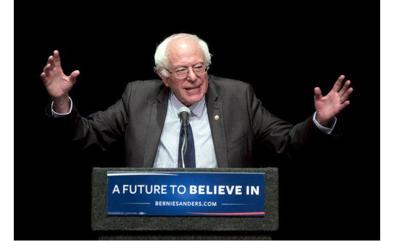 Correos filtrados muestran hostilidad demócrata a Sanders