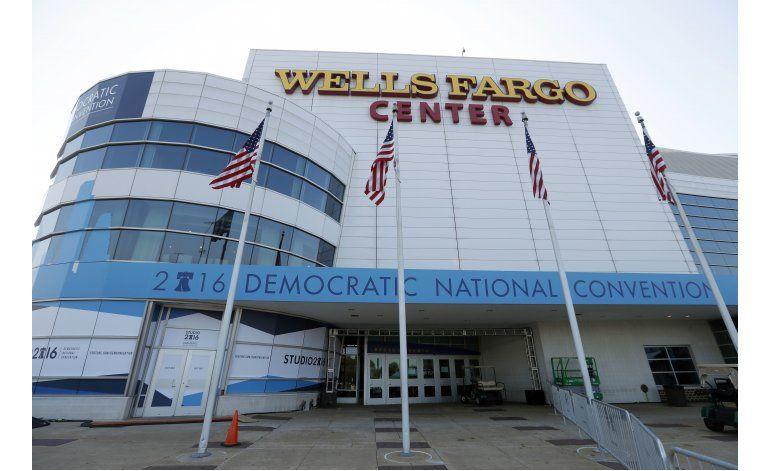 Hispanos a demócratas: rindan cuentas
