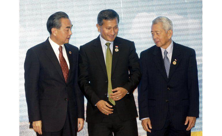 China logra una victoria diplomática, evita crítica de ASEAN