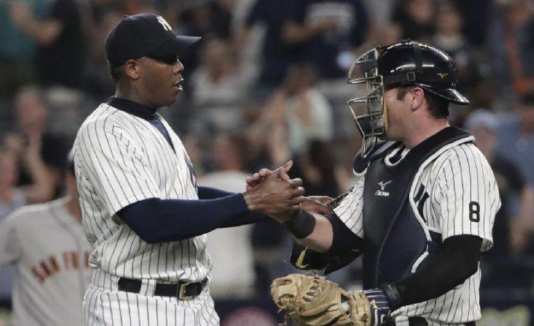 Aroldis Chapman deja los Yankees