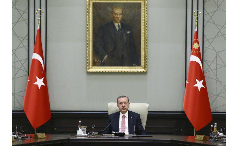 Pacto migrante de la UE, en cuestión ante el caos en Turquía