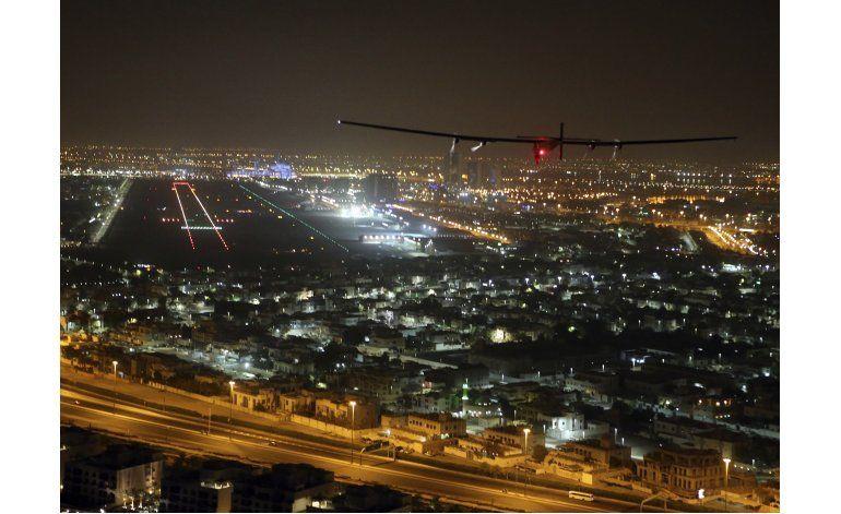 Emiratos, nación petrolera, promueven energías renovables