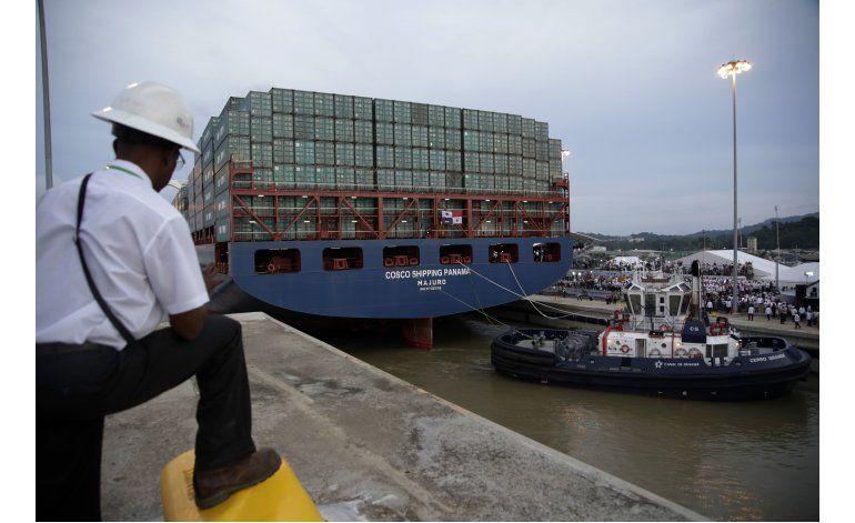Mal tiempo habría causado percance en nuevo canal de Panamá