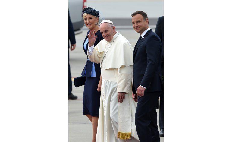 Papa: el mundo está en guerra pero no es guerra religiosa