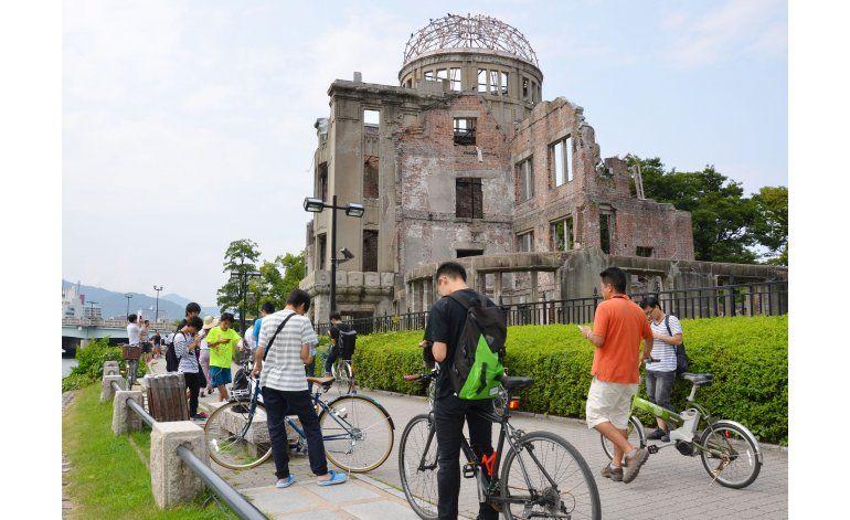 Jugadores de Pokémon Go invaden monumentos en Hiroshima
