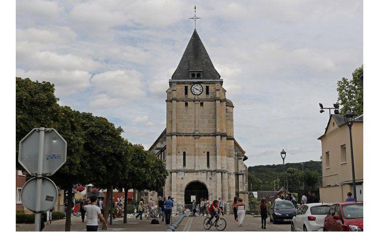Francia identifica segundo atacante de iglesia en Normandía