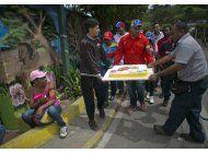 venezuela: gobierno celebra natalicio de chavez