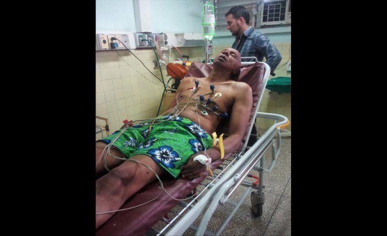 Fariñas al hospital en su octavo día de huelga de hambre