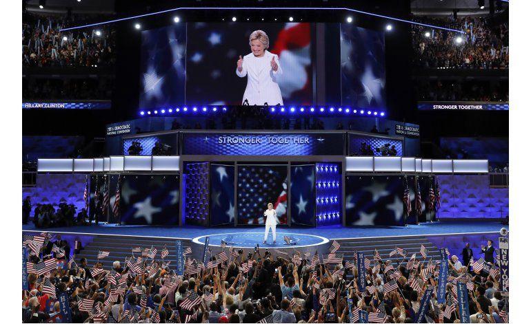 LO ULTIMO: Clinton promete gobernar para todos
