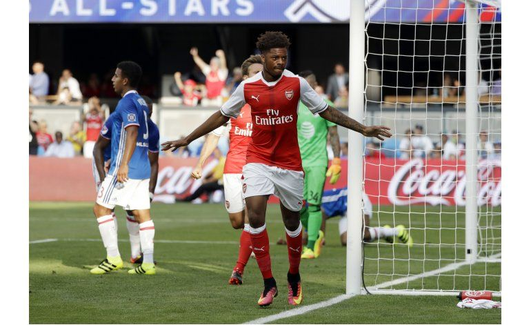 Juveniles de Arsenal estropean fiesta a estrellas de la MLS