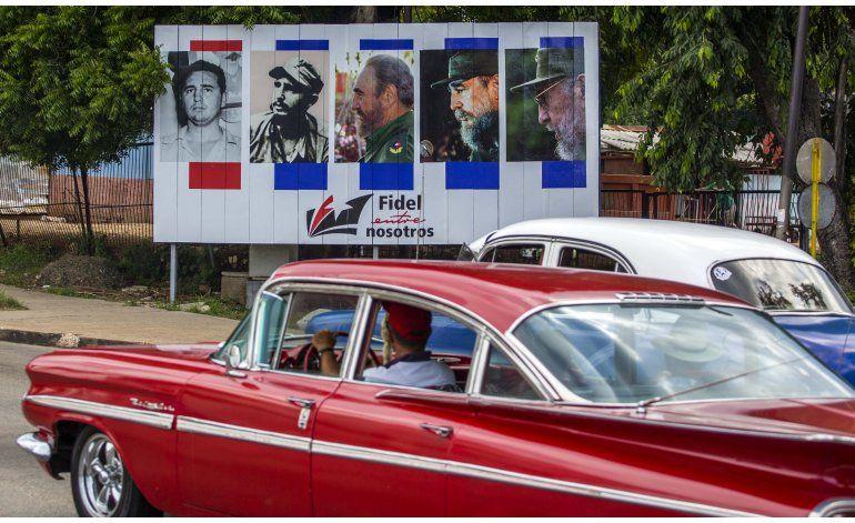 Decretan nueve días de duelo nacional por muerte de Castro