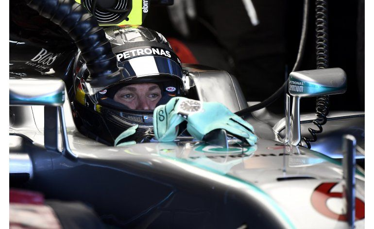 Pilotos de Mercedes dominan prácticas de GP de Alemania