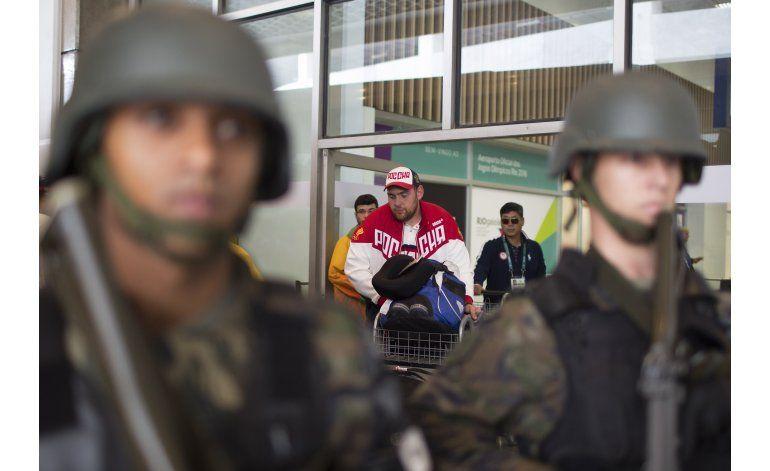 Vetan a los pesistas rusos de Río 2016 por dopaje
