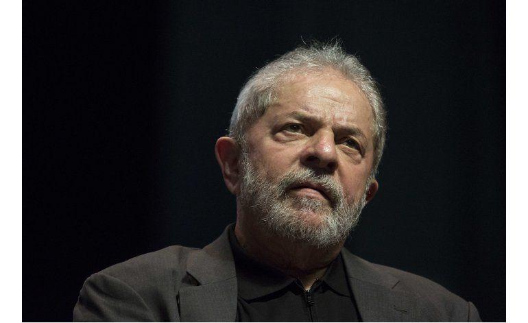 Expresidente brasileño Lula irá a juicio