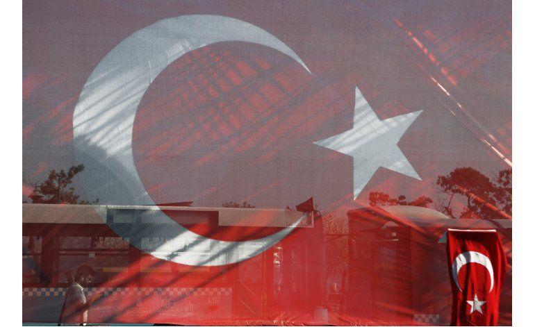 Corte de Estambul libera a cientos de reclutas detenidos